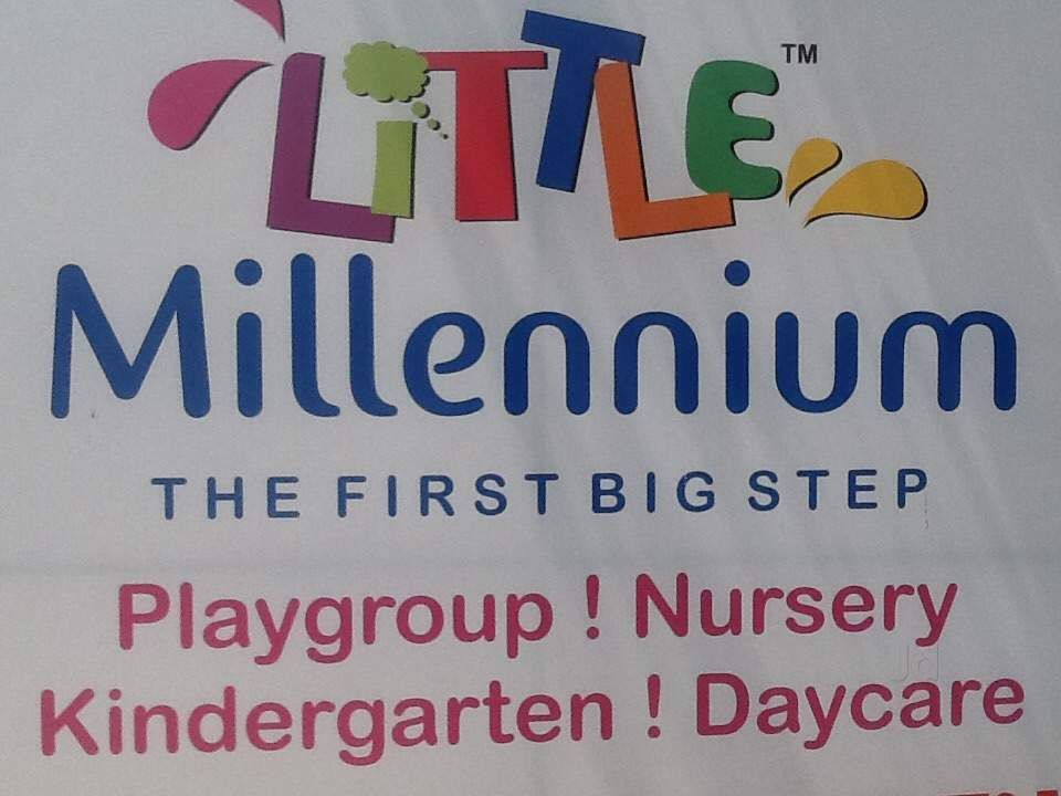 top day care center in raipur