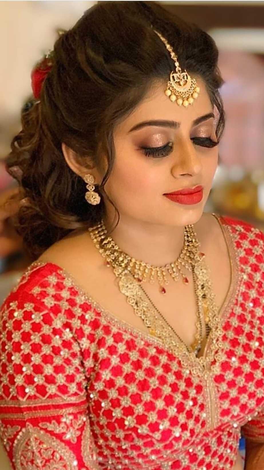 Make up artist in Bhopal