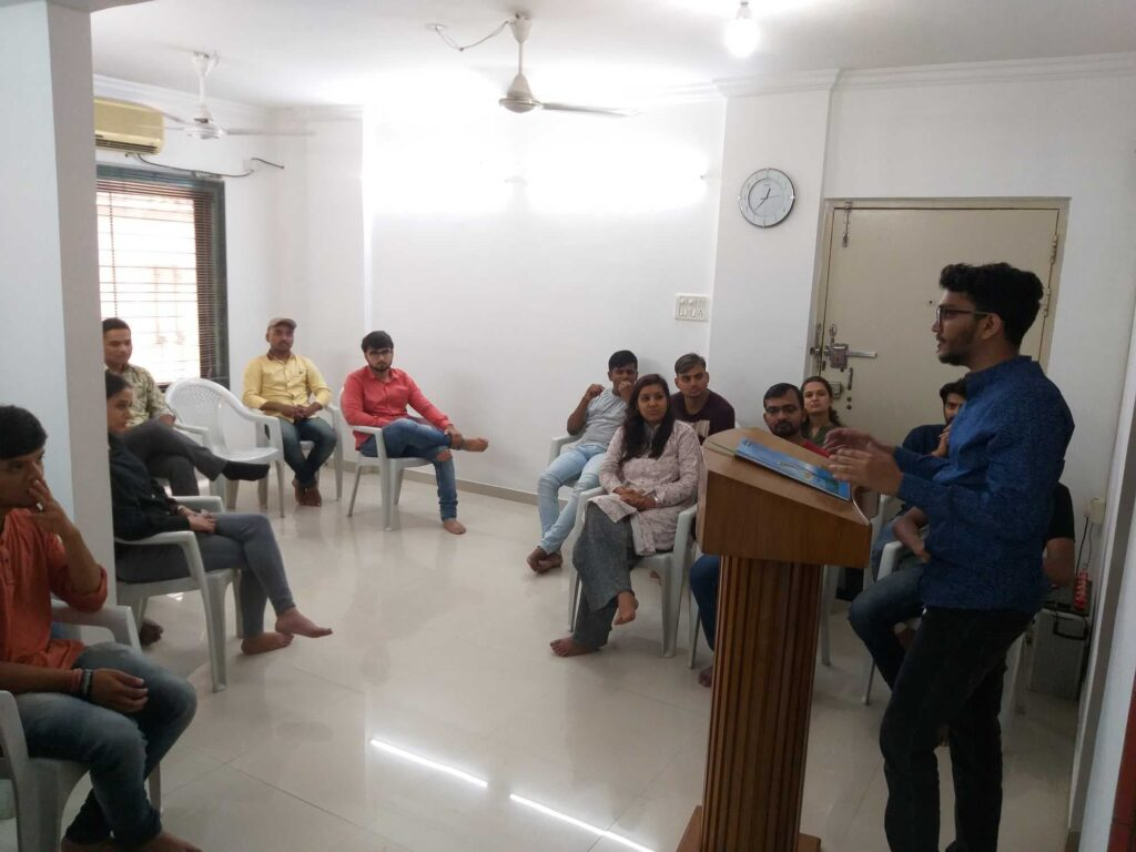 leading English speaking classes in Nashik