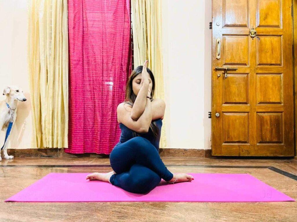 affordable yoga classes in Delhi