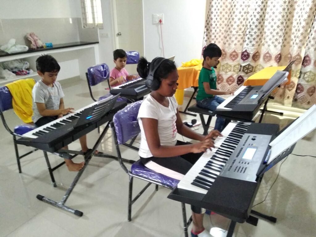 famous music classes in Hyderabad