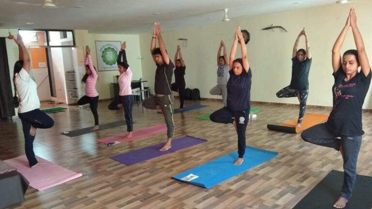 best yoga classes in Raipur